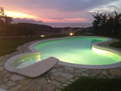 piscina Balestrate
